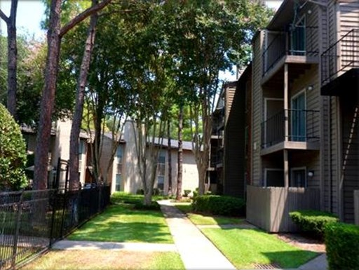 Driscoll Place Apartments