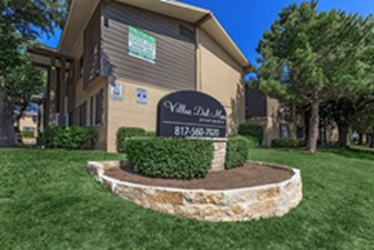 Villas De Sonoma at Listing #137233