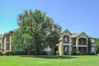 Exterior at Listing #137662