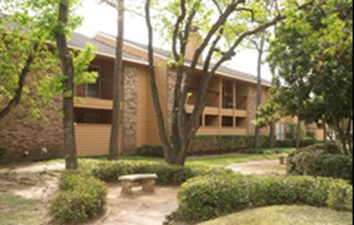 Exterior at Listing #138634