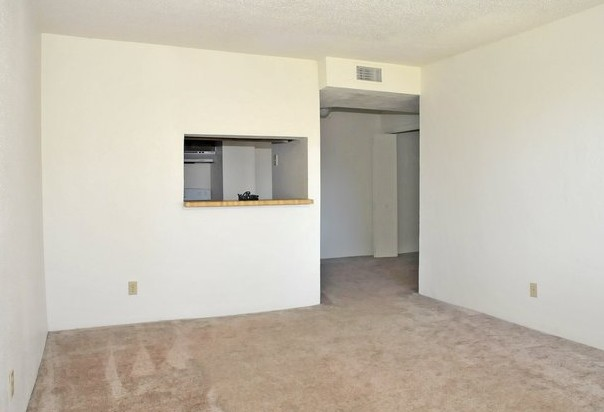 Living at Listing #144494