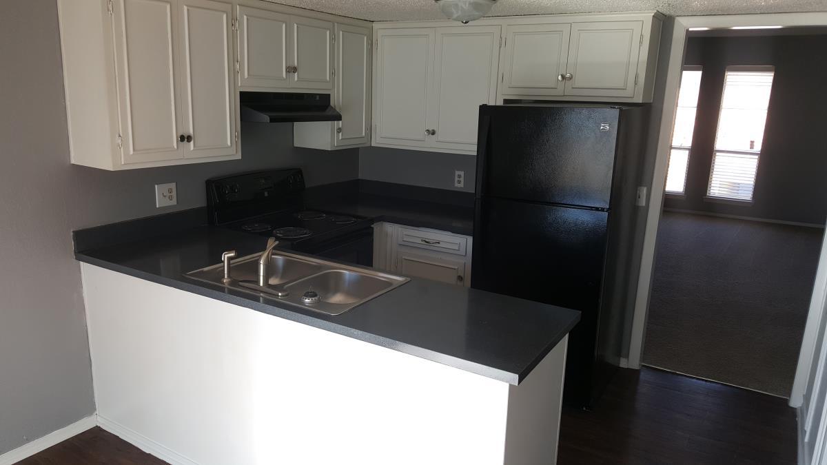 Kitchen at Listing #213283