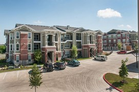 Ten Oaks Apartments Austin TX