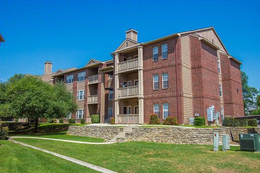 Village of Hampton Cove Apartments San Antonio, TX