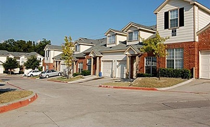 Homes of Persimmons Apartments