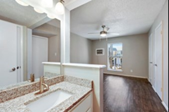 Bedroom at Listing #256793