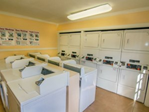 Laundry at Listing #138452