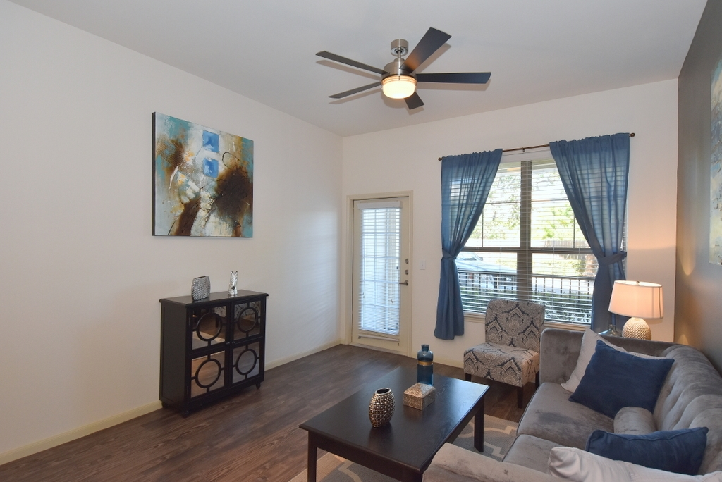 Living at Listing #151520