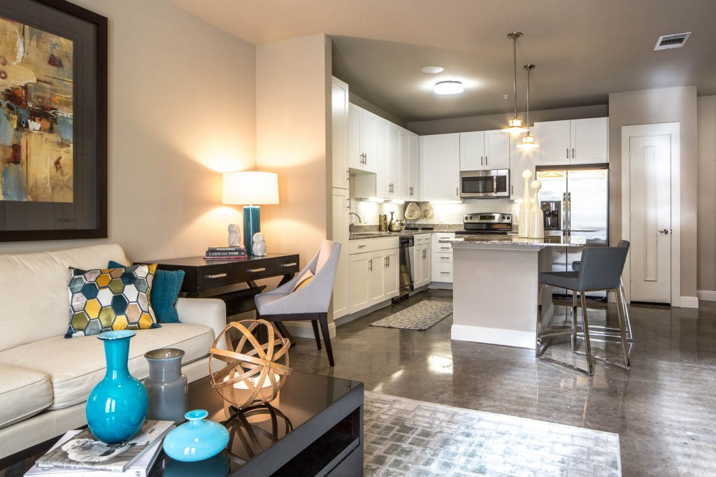 Living/Kitchen at Listing #279132