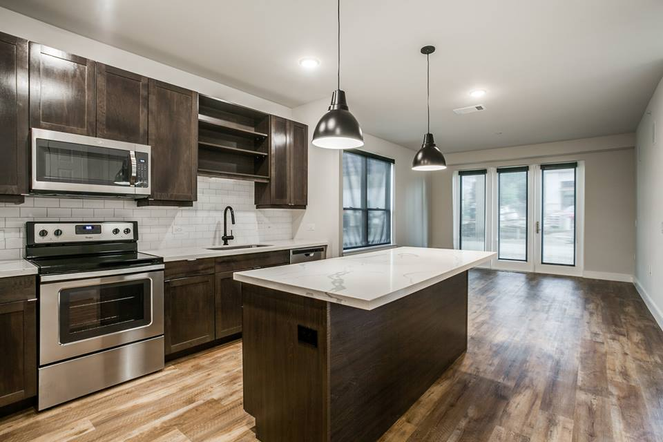 Dining/Kitchen at Listing #242437