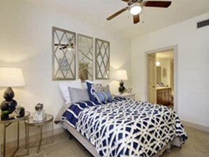 Bedroom at Listing #146228
