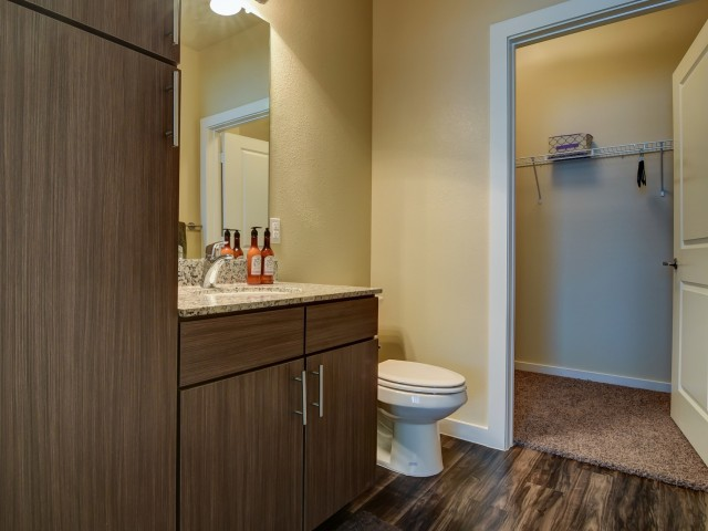 Bathroom at Listing #277003