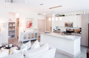 Living/Kitchen at Listing #282777