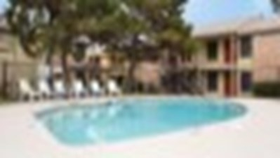 Pool at Listing #137089