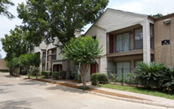 Exterior at Listing #139665