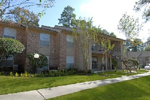 Exterior 4 at Listing #144449