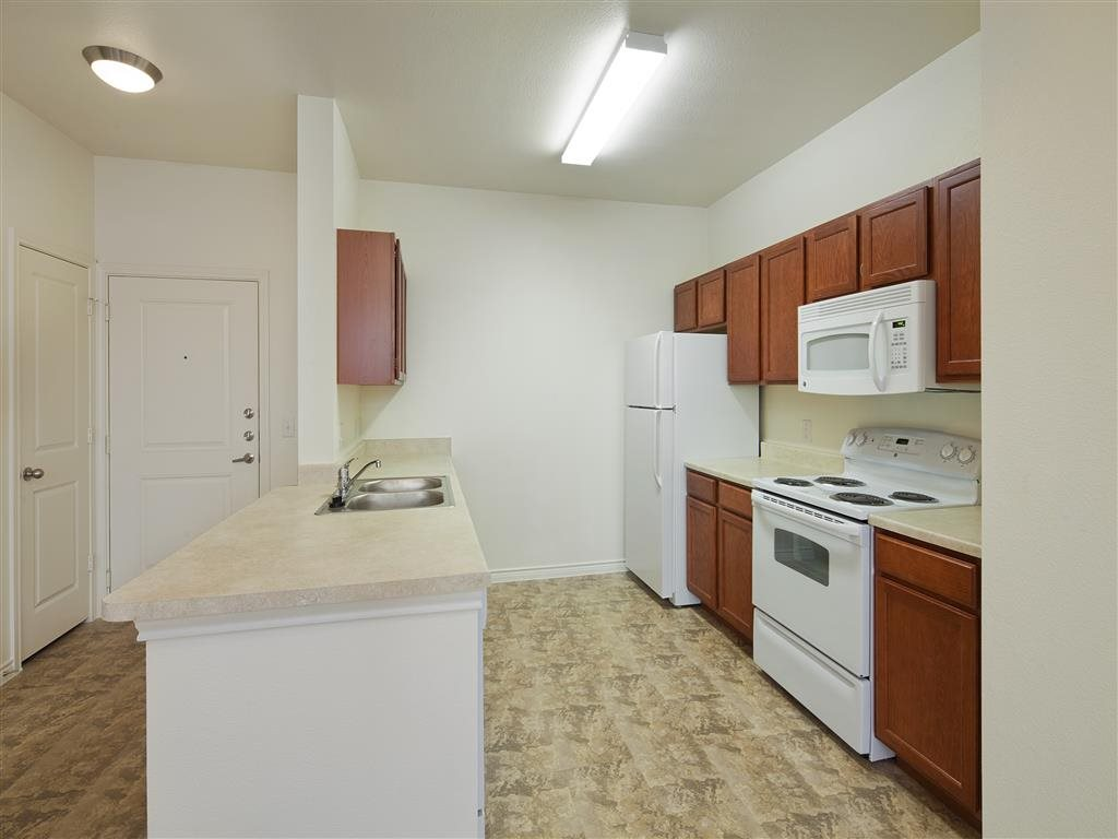 Kitchen at Listing #155258