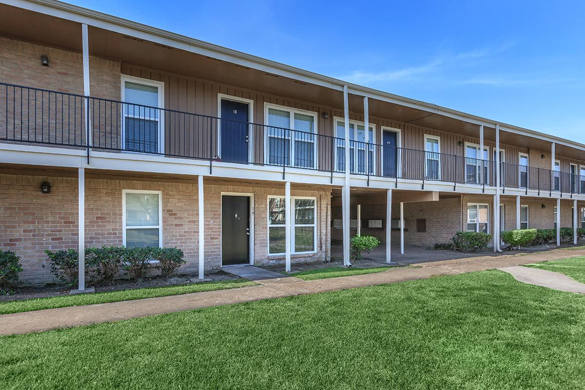 Exterior at Listing #138382