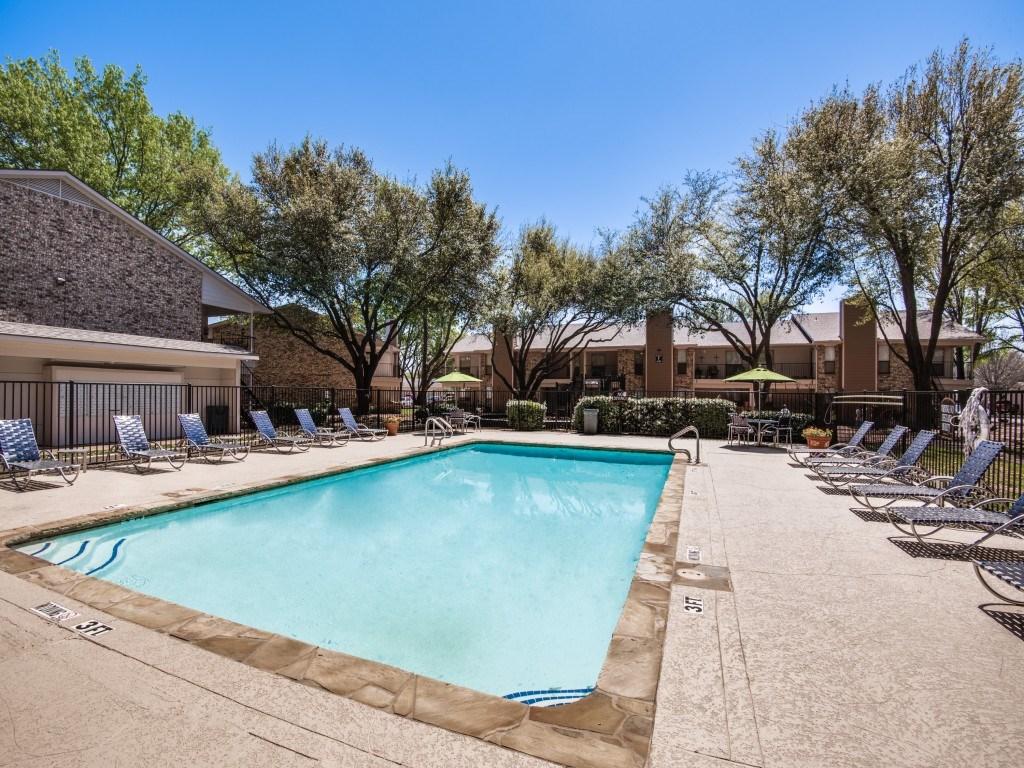 Pool at Listing #137293
