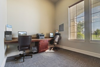 Business Center at Listing #147711