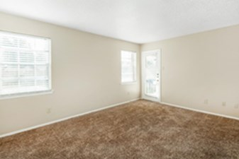 Living Room at Listing #136152