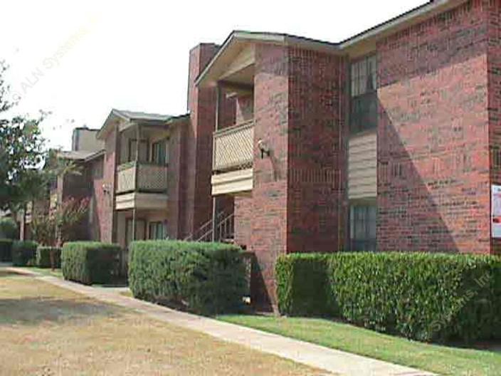 Eagle Creek Apartments