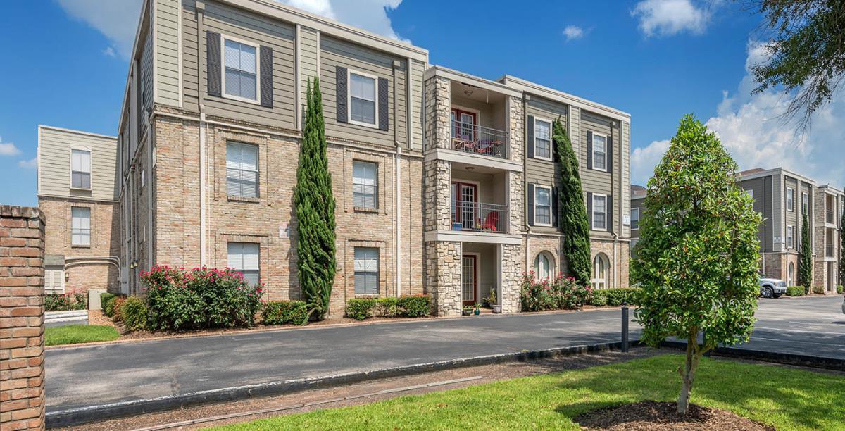 Terraces on Brompton Apartments Houston TX