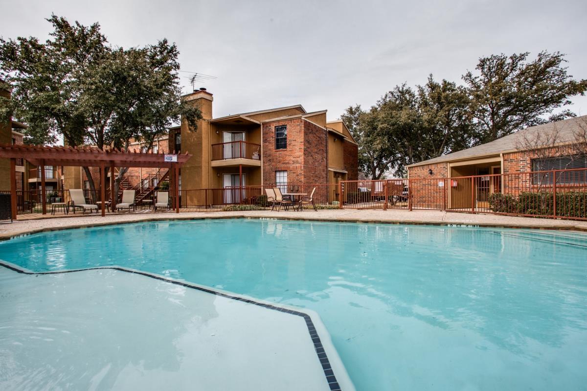 Landmark at Spring Creek Apartments Garland TX