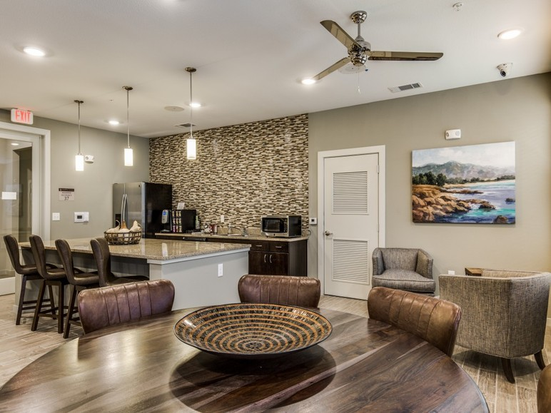 Clubhouse at Listing #287290
