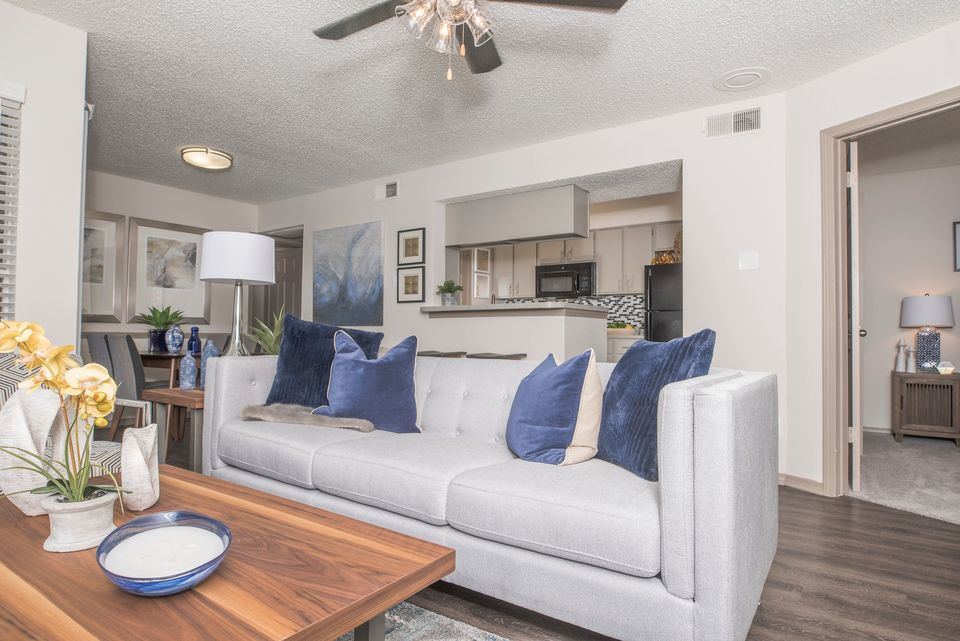 Living at Listing #136306