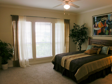 Bedroom at Listing #244218
