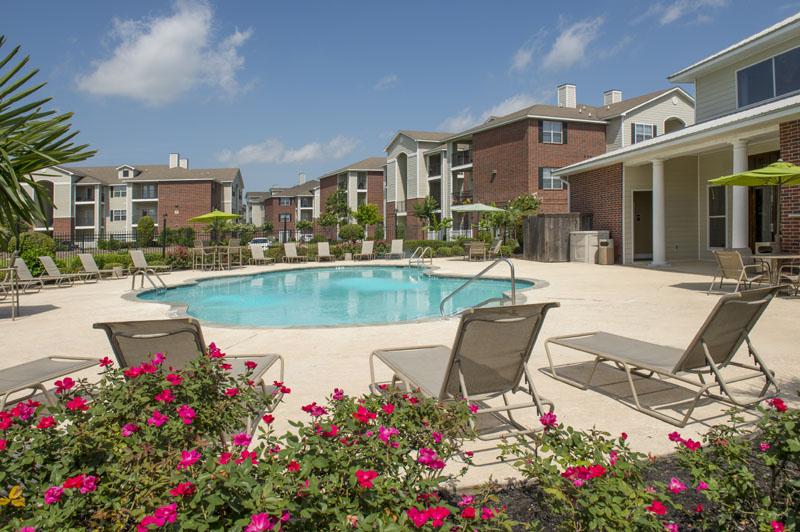 Pool at Listing #145533