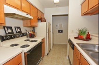 Kitchen at Listing #140270