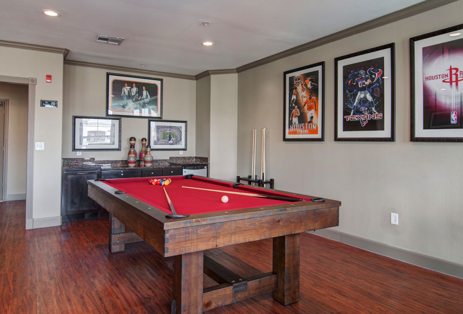 Gameroom at Listing #147728