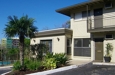6th Street West at Listing #140254