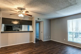 Living at Listing #138345