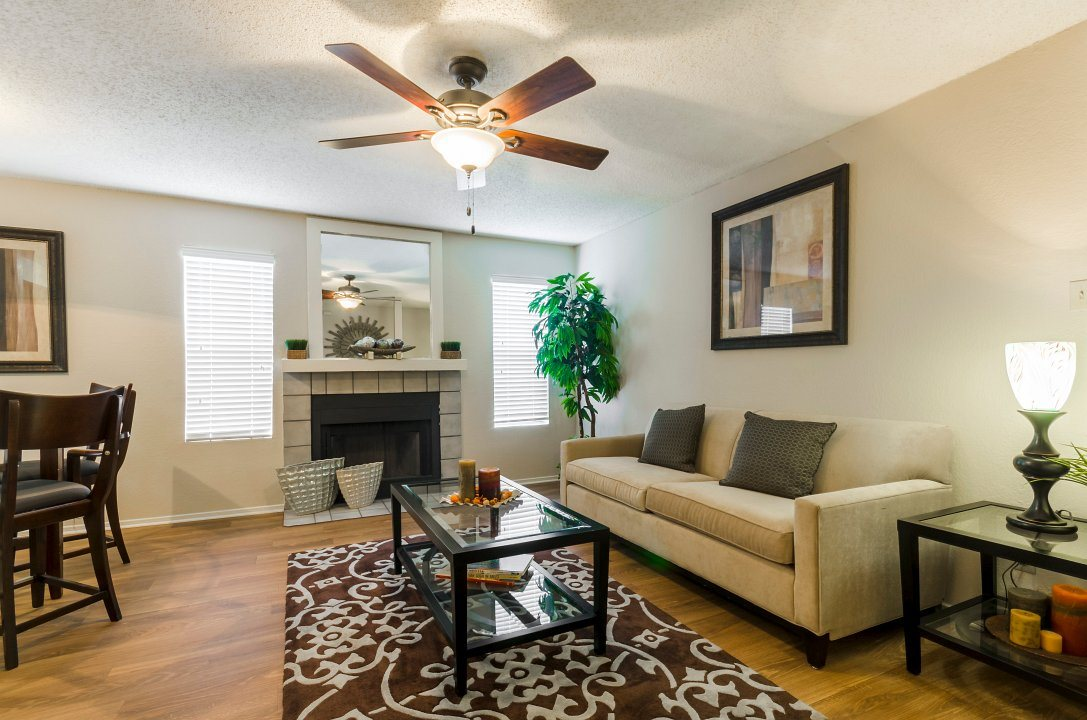 Living Room at Listing #137215