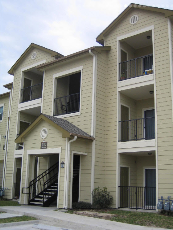 Exterior at Listing #144085