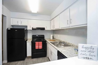 Kitchen at Listing #138502