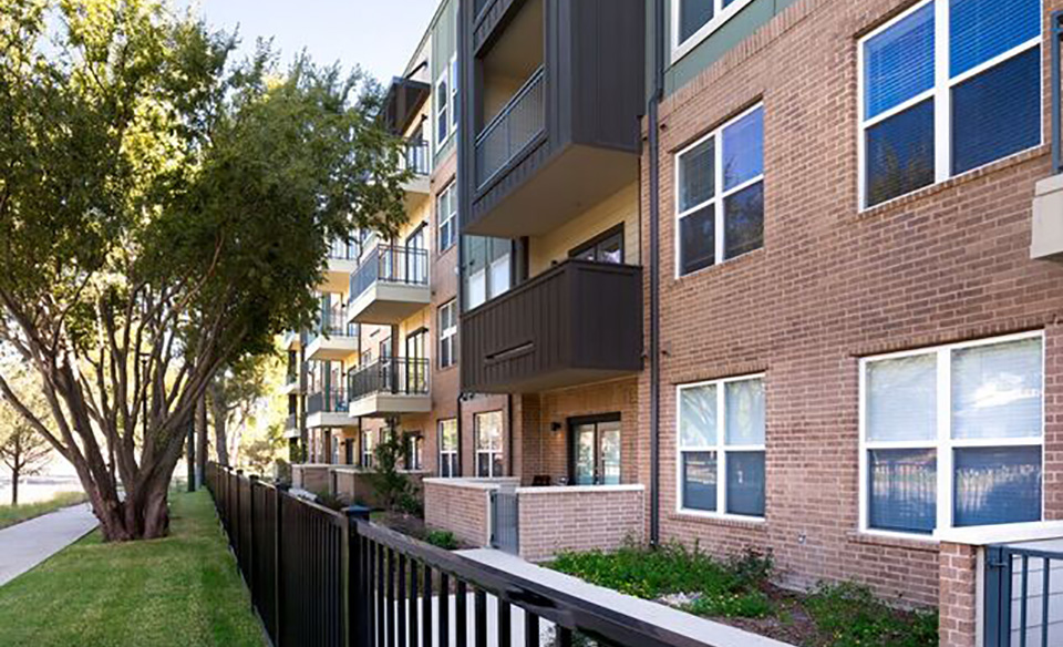 Highpoint Family Living Apartments Dallas TX