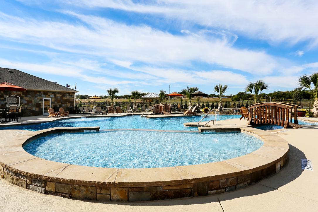 Pool at Listing #277548