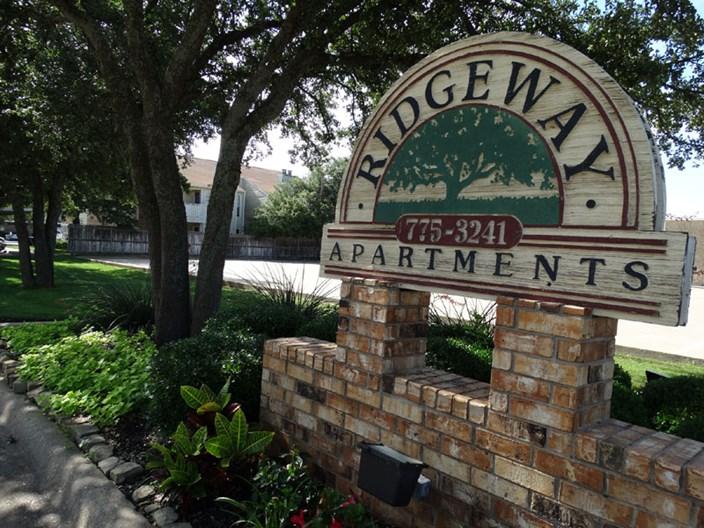 Ridgeway Apartments