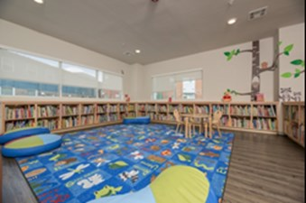 Library at Listing #286593