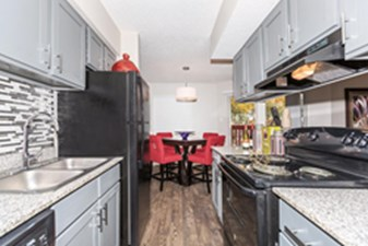 Dining/Kitchen at Listing #135816