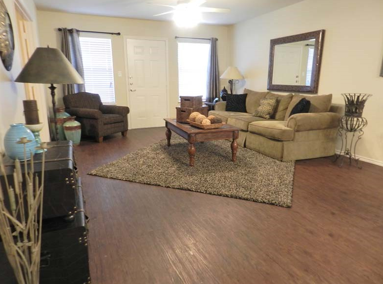 Living at Listing #150835
