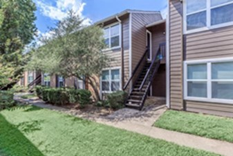 Exterior at Listing #139989