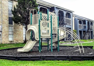 Playground at Listing #140923