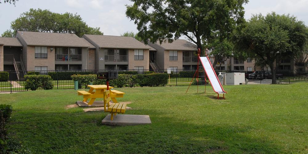 Playground at Listing #138379