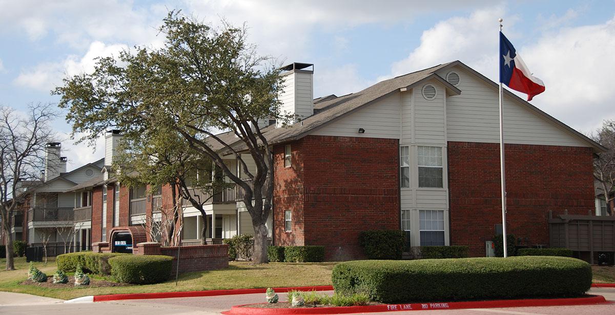 Bear Creek at Harwood Apartments Euless TX
