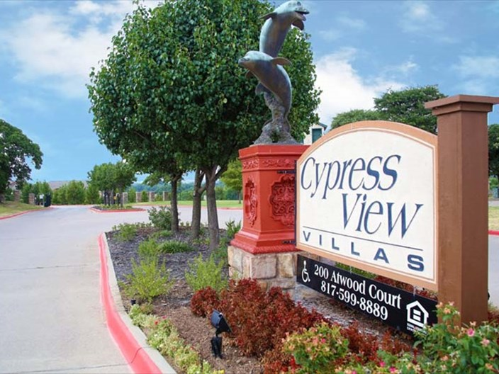 Cypress View Villas Apartments